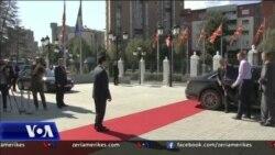 Presidenti i Kosovës, Hashim Thaçi, viziton Shkupin