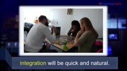 Học từ vựng qua bản tin ngắn: Integration (VOA)