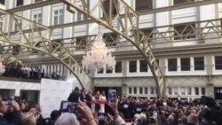 Свечено отворен најновиот хотел на Трамп на Авенијата Пенсилванија во Вашингтон