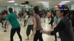 Amerikalılar Hint Müziğiyle Egzersize Merak Sardı