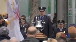 Виповнилося 25 років із дня першої в історії терористичої атаки на вежі-близнюки у Нью-Йорку. Відео