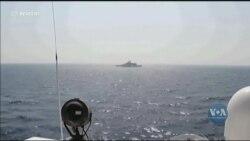 Катер берегової охорони США зробив три десятки попереджувальних пострілів по 13 іранських суднах. Відео