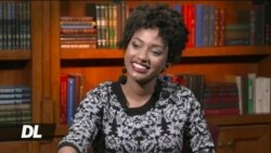 Harrison Kamau akifanya mahojiano na mwanamitindo Neema Olory