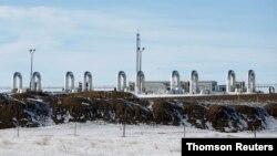 Pipa minyak Keystone XL di Oyen, Kanada terbengkalai setelah pengembang AS membatalkan pembangunan hari ini (foto: dok).