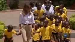 Перша Леді США цього тижня перебуває в Африці – із першим сольним міжнародним візитом. Відео