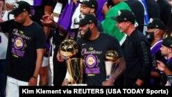 LA Lakers Lebron James BASKETBALL-NBA-MIA-LAL/