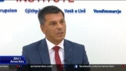 Kryeziu: Partitë politike të shprehin publikisht qendrimet e tyre për tarifat, bisedimet