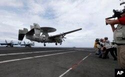 Hải quân Mỹ hôm 12/5 tái khẳng định cam kết vì tự do hàng hải, hàng không ở Biển Đông