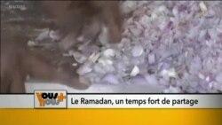 Les fidèles musulmans du monde entier observent le mois du Ramadan