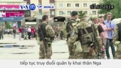 Lực lượng quân sự Ukraine truy đuổi quân ly khai thân Nga (VOA60)