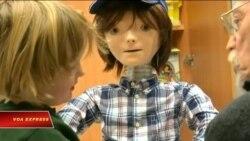 Robot giúp trẻ tự kỷ học kỹ năng xã hội