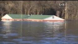 Міссурі та Іллінойс потерпають від повені. Відео
