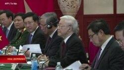 Chủ tịch Việt, Trung điện đàm kỷ niệm 70 năm quan hệ ngoại giao