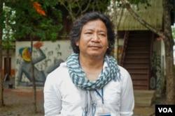 Tor Vutha, Co-founder of Phare Ponleu Selpak, in Battambang province on June 16, 2020. (Hean Socheata/VOA Khmer)