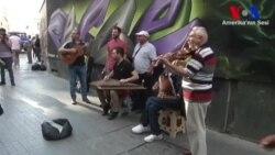 Suriyeli Sokak Müzisyenlerine Büyük İlgi