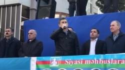 Əli Kərimli Milli Şuranın mitinqində çıxış edir