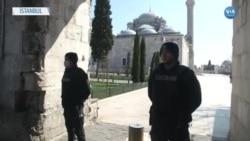 İstanbul'da Cuma Namazında Camiler Kapalıydı