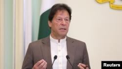 Pakistan Başbakanı İmran Han, Facebook'a yönelik açık bir mektup yayımladı.