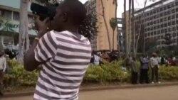 Nje ya Mahakama ya Milimani, mjini Nairobi