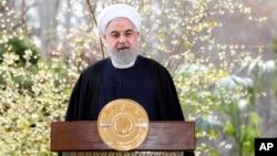 Хасан Рухани (архивное фото)