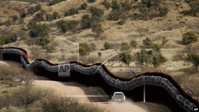 Muri kufitar në Arizonë