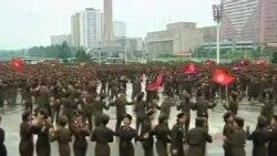 朝鲜官兵庆祝金正恩被授与人民军元帅头衔
