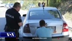 Kosovë - Serbi: Fillon mbulimi i targave të makinave
