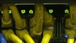 Британія офіційно звинувачує Росію у кібернападі на Україну. Відео