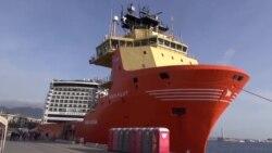 VOA Afrique avec les migrants secourus à Messine en Sicile