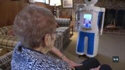 Американські інженери розробили робота- компаньйона для людей похилого віку. Відео