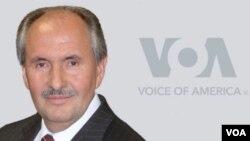 Elez Biberaj, nuevo director interino de VOA
