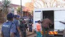 南非當局暫撤回對270 名礦工謀殺罪的起訴