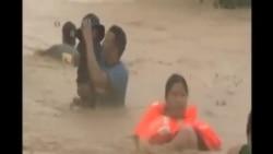 颱風巨爵侵襲菲律賓北部造成死傷