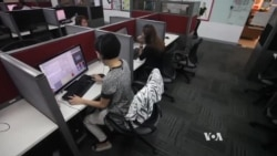 Philippines Call Center Workers Cope With Advantages, Disadvantages of Industry