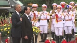 US Lifts Ban on Selling Arms to Vietnam