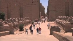نخست وزير مصر از ميراث باستانی شهر اقصر بازديد کزد