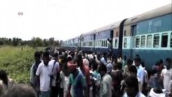 印度火車事故至少35人喪生