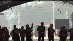 2013-12-04 美國之音視頻新聞: 泰國抗議者在國王生日慶典前夕停止示威