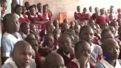 肯尼亚教女孩儿防身 减少强奸案