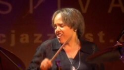 The Hamilton Live: Terri Lynne