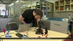 تولید رباتی در آمریکا که از تواناییهای خود در موقعیت های متفاوت آگاه است