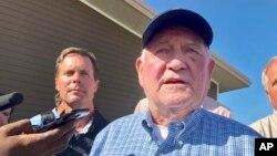 資料照片:美國農業部長珀杜(Sonny Perdue)在伊利諾伊州對媒體發表講話(2019年8月28日)