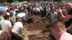 Srebrenica: Komemoracija i sahrana 33 žrtve genocida