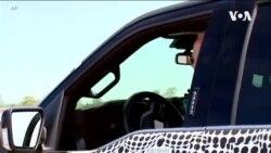 Prezident Bayden yeni elektrikli avtomobili sınaqdan keçirib