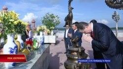 Đại sứ Mỹ thăm Bạch Đằng Giang, tìm hiểu cách VN chống xâm lược từ phương Bắc