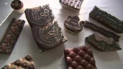 东欧百年手工蓝色染布传统获教科文组织认可