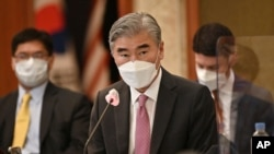 지난 6월 서울을 방문한 성 김 미국 국무부 대북특별대표가 북한의 대화 호응을 거듭 촉구했다.