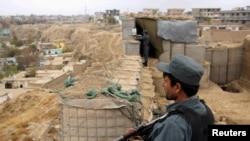 Афганские силы безопасности на передовом пункте в провинции Кундуз (архивное фото)