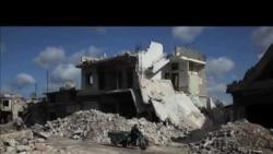 遭政府军轰炸 叙利亚有居民纷纷外逃