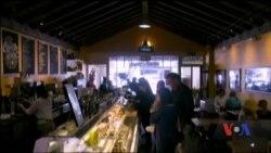 Історія кафе у Кремнієвій долині, де можна побачити засновників Facebook, Google. Відео